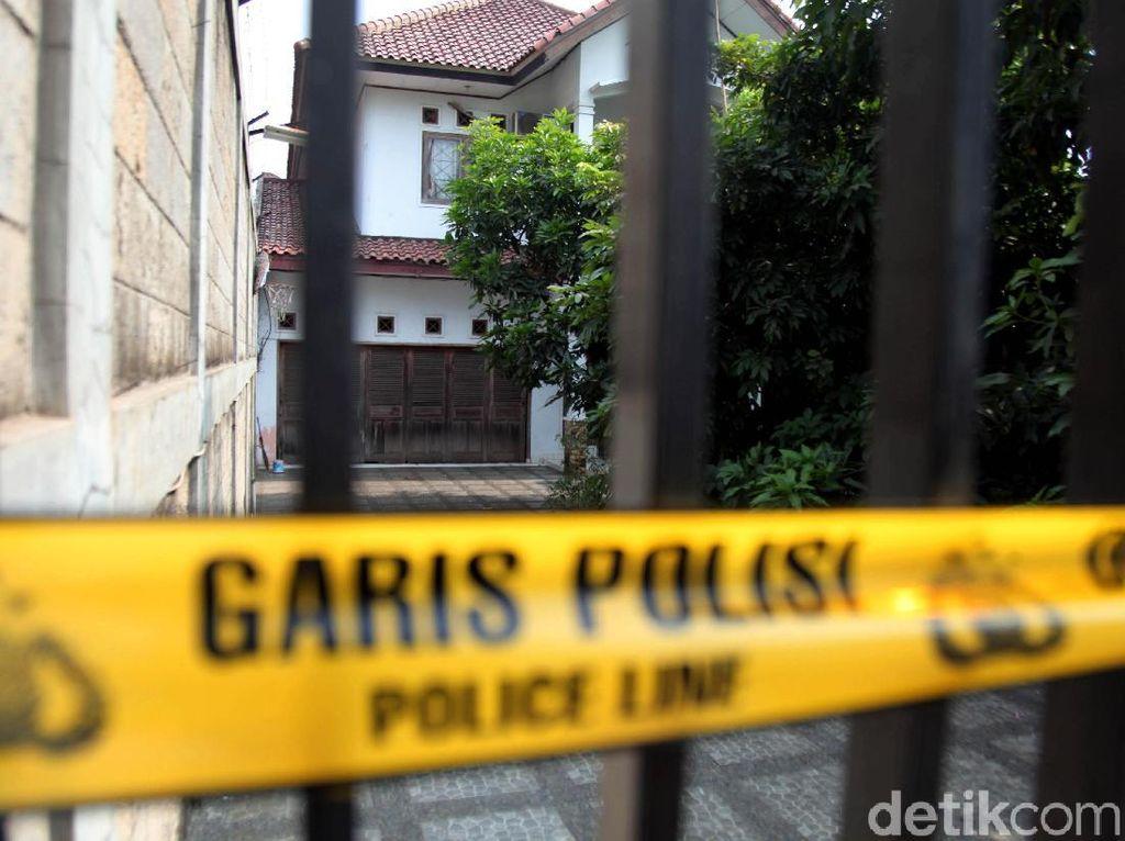 Lokasi Pembunuhan 2 Orang yang Dibakar di Sukabumi Digaris Polisi