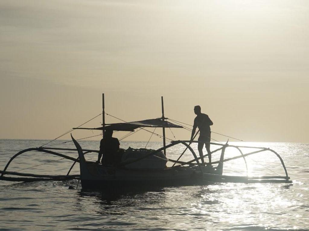 Peran BumDes agar Nelayan Semangat Melaut dari Perahu Penolong