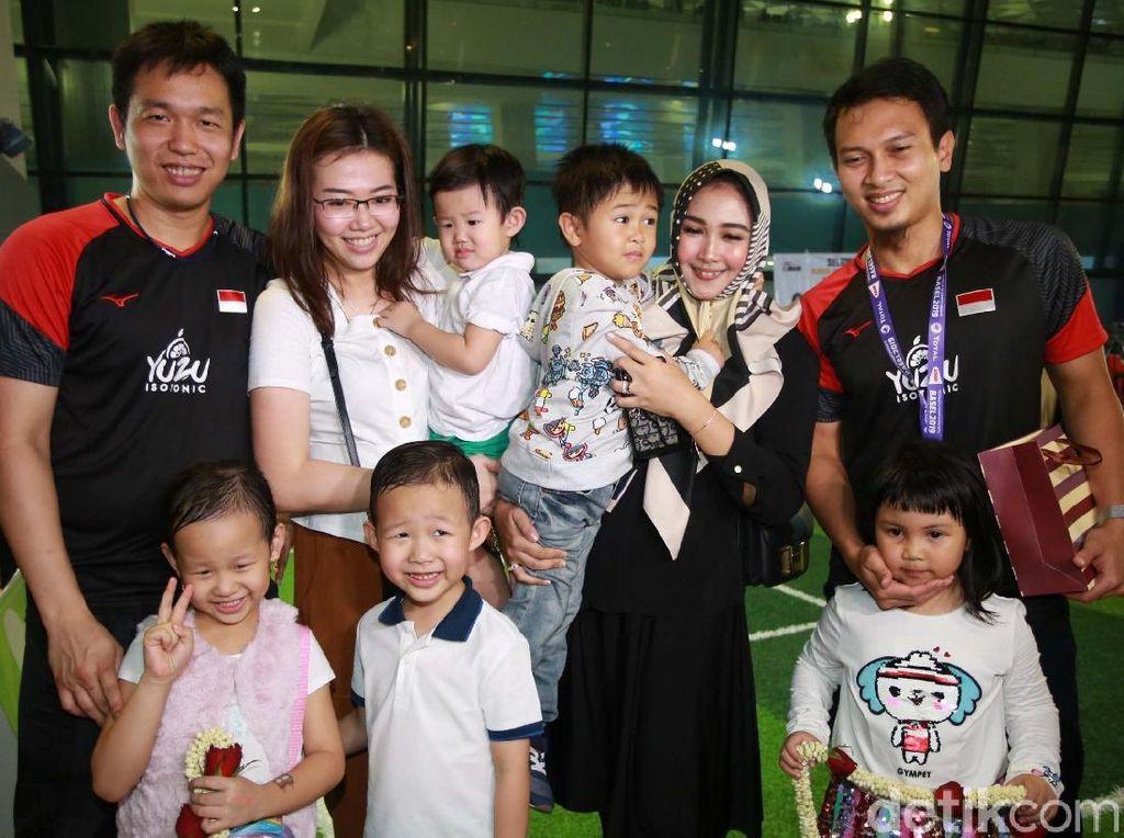 Hendra/Ahsan Ingin Dikenal Anaknya Tak Sekadar Sebagai Juara