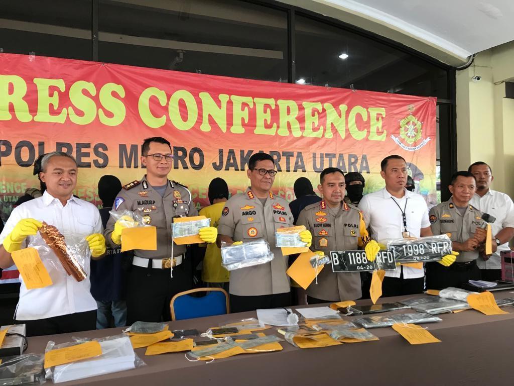Polisi Tegaskan Pelat Nomor Rahasia RFP Tak Dijual untuk Umum