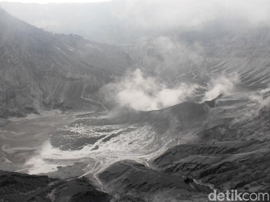 Bau Belerang Gunung Tangkuban Perahu hingga Cimahi, Ini Penjelasan PVMBG