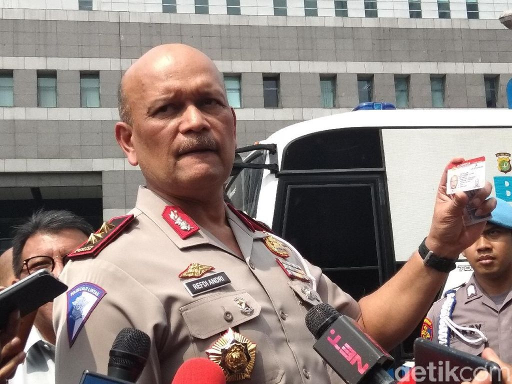 Polisi Tendang Pemotor di Tangerang, Kakorlantas: Kekerasan Tak Dibenarkan