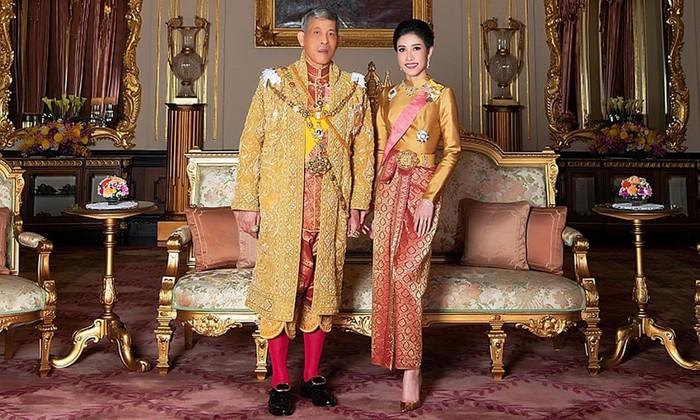 Selir Raja Thailand Sineenat Wongvajirapakdi (HANDOUT/AFP/Getty Images)