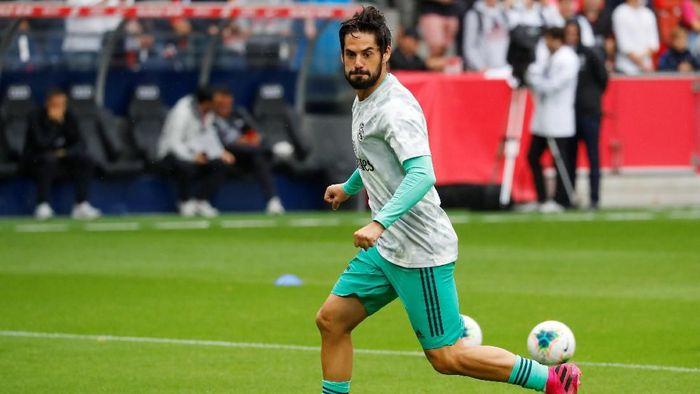 លទ្ធផលរូបភាពសម្រាប់ Isco Menambah Panjang Daftar Pemain Real Madrid yang Cedera