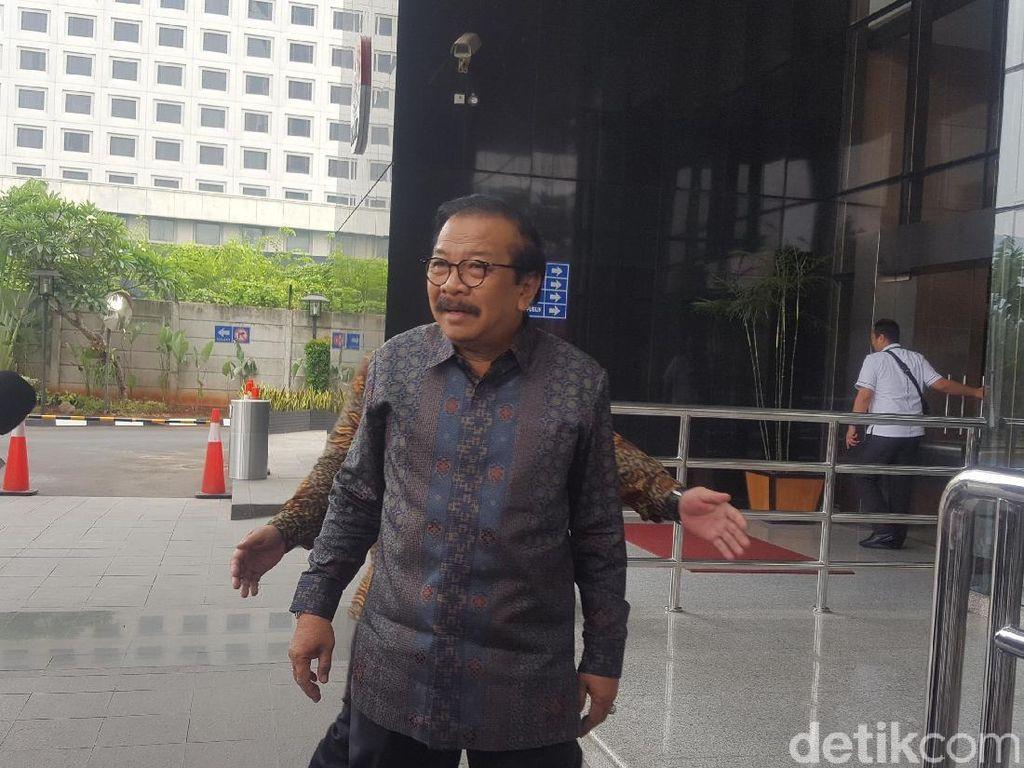 Pakdhe Karwo Penuhi Panggilan KPK Jadi Saksi Suap APBD Tulungagung