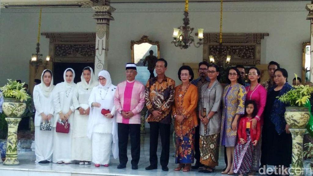 Momen Raja Malaysia Bertemu Sri Sultan HB X di Keraton Yogyakarta