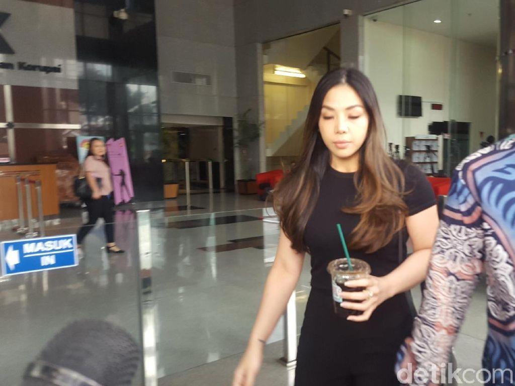 Usai Diperiksa KPK Soal Tannos, Putri Setya Novanto Bungkam