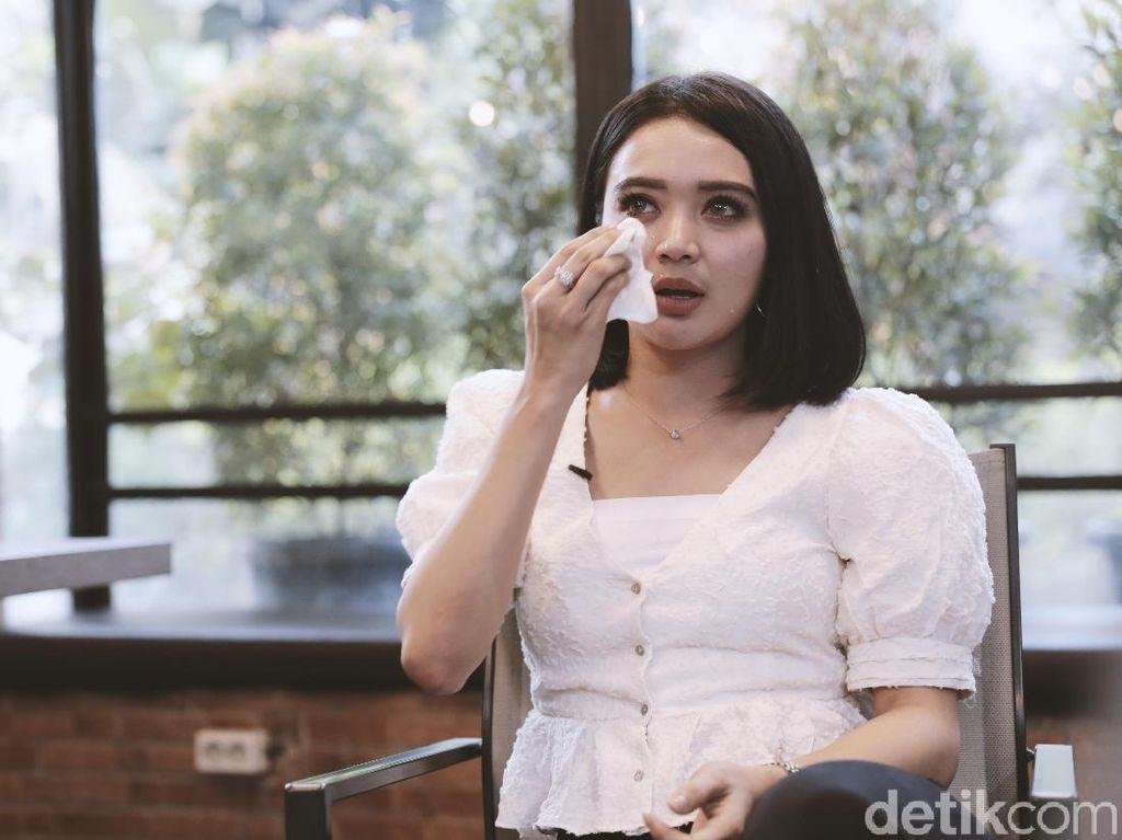 Berlabel Janda Cantik, Wika Salim Berderai Air Mata