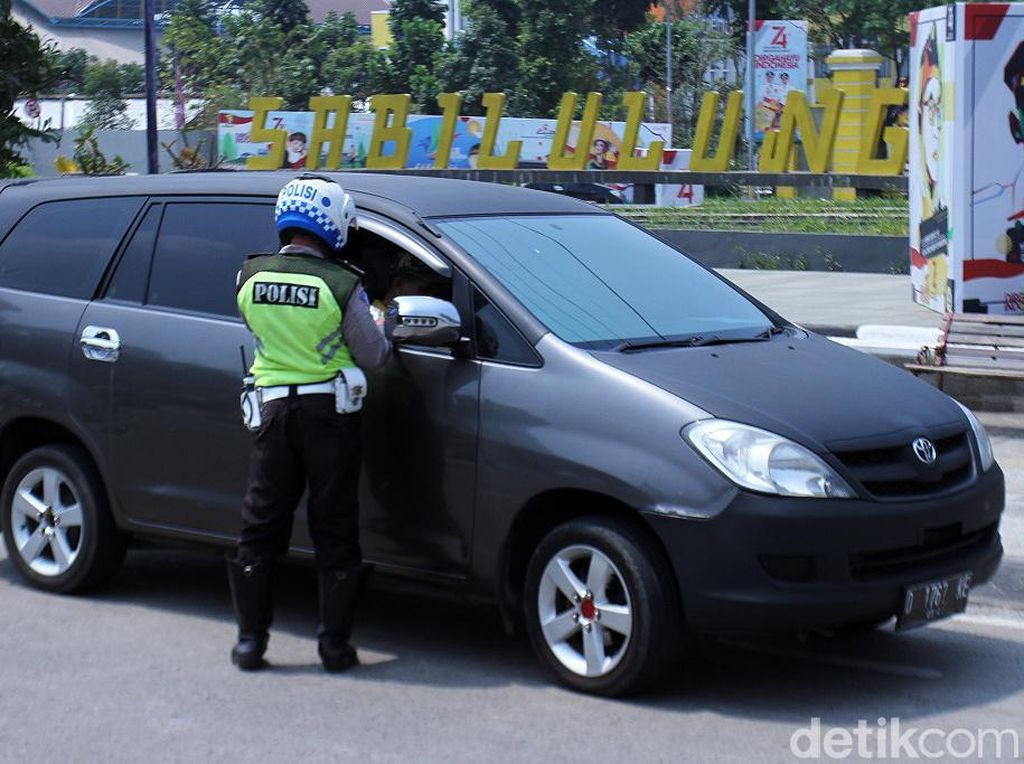 Kemarin, Polisi Tilang 12.896 Pelanggar Lalu Lintas