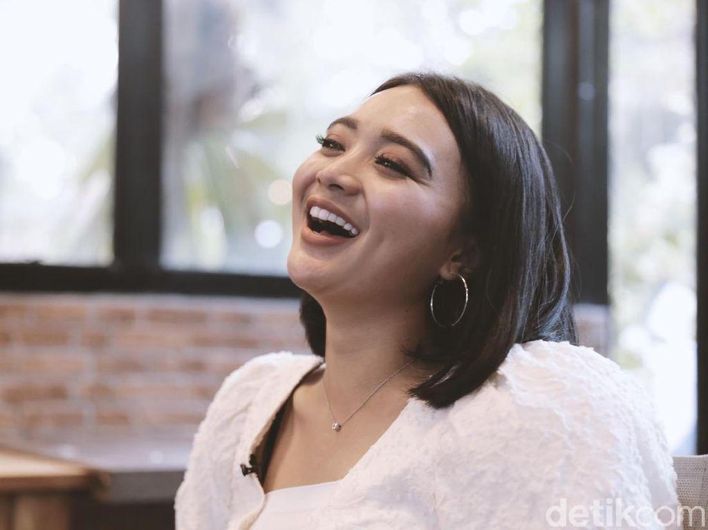 Dari Panggung Kampung, Wika Salim Kini Bisa Taklukkan Industri Hiburan