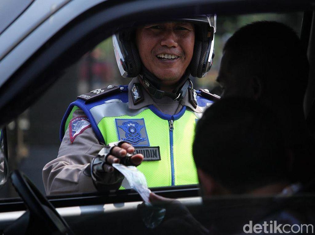 Tak Ada Razia Saat Operasi Patuh, Pelanggar Ketahuan Polisi Langsung Ditilang