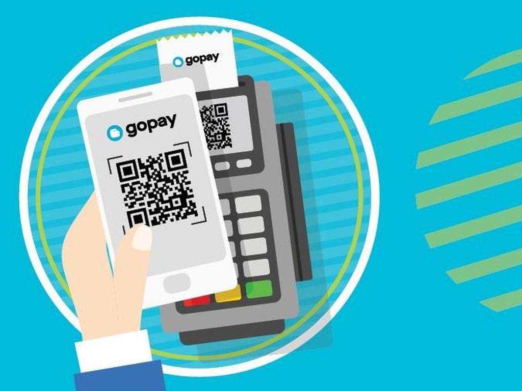 Lompatan GoPay: Hadir di Smart SIM hingga Kartu Prakerja Jokowi