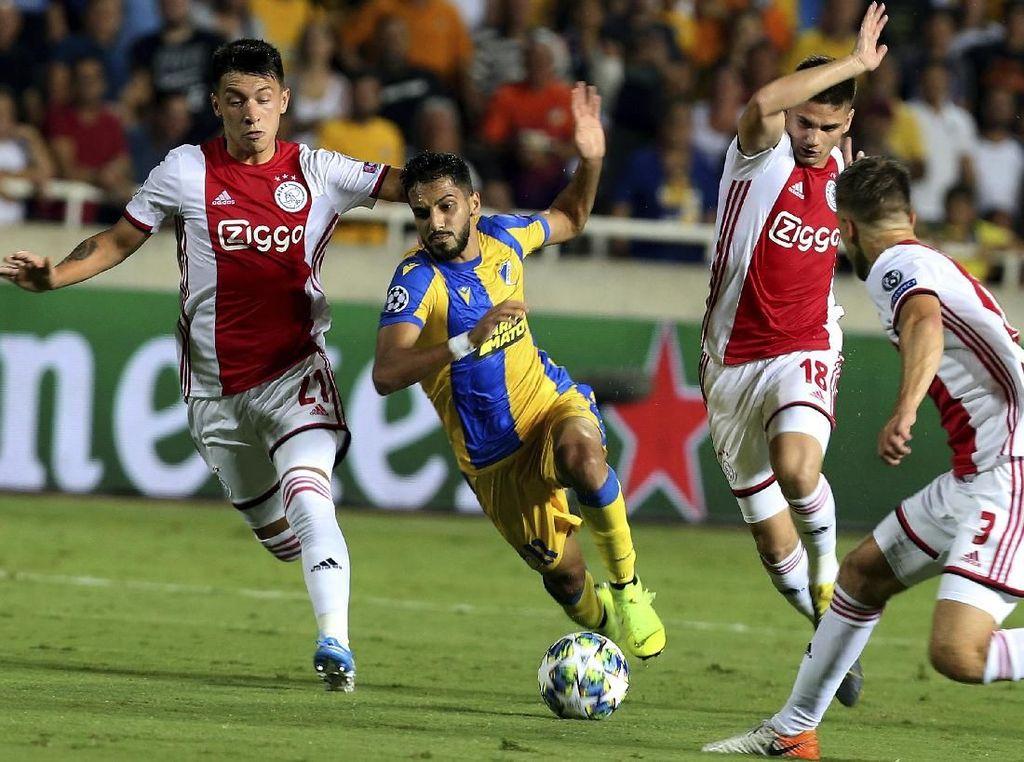 Ajax dan Slavia Praha Lolos ke Fase Grup Liga Champions