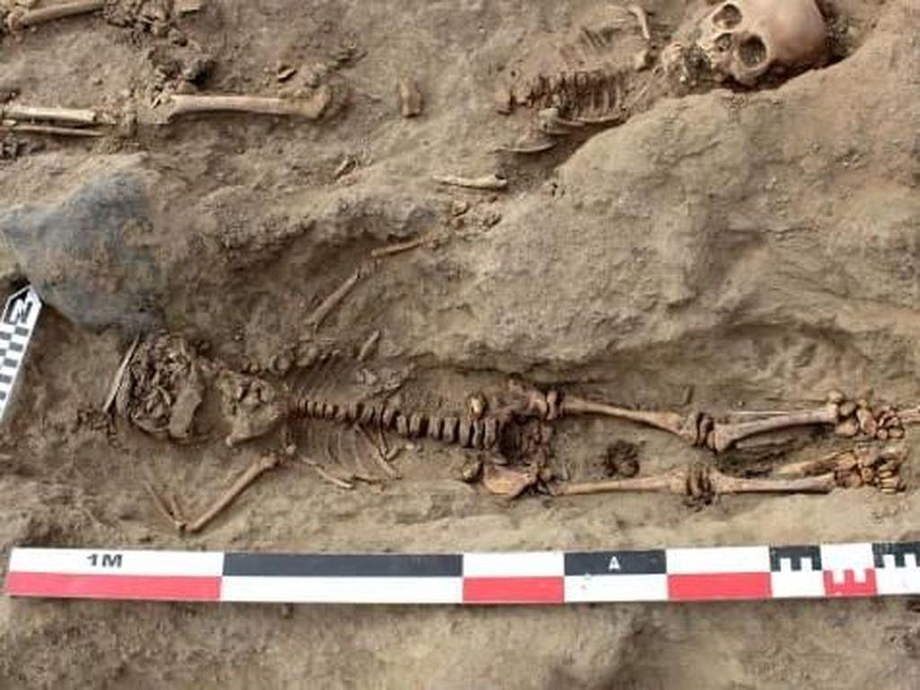 Arkeolog Temukan 250 Kerangka Anak-anak yang Dikorbankan di Peru
