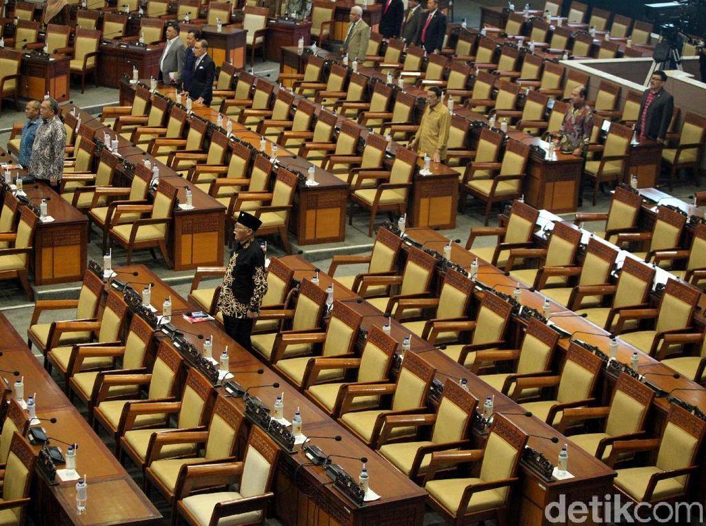 263 Anggota Dewan Bolos di Paripurna HUT DPR RI
