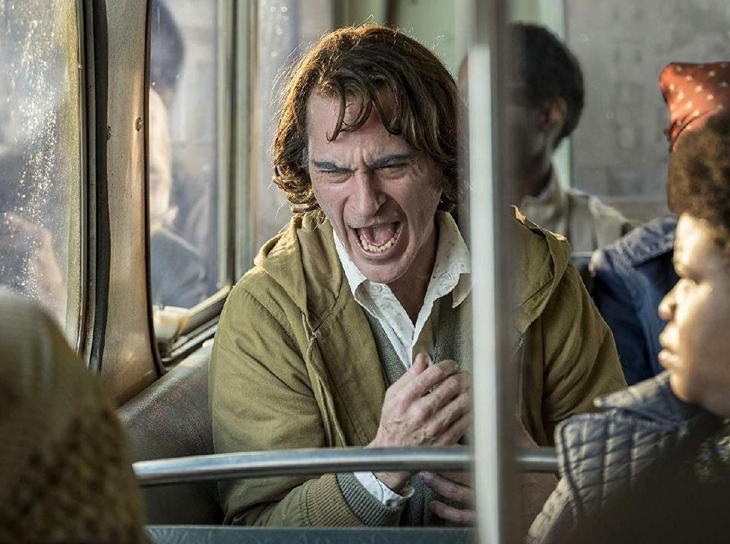 Warner Bros Yakinkan Joker Tak Mendukung Aksi Kekerasan