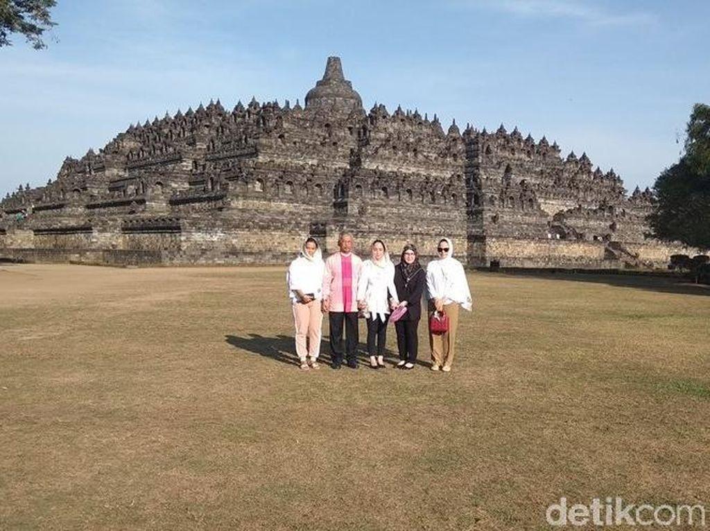 Foto: Raja Malaysia & Candi Borobudur yang Bikin Kagum