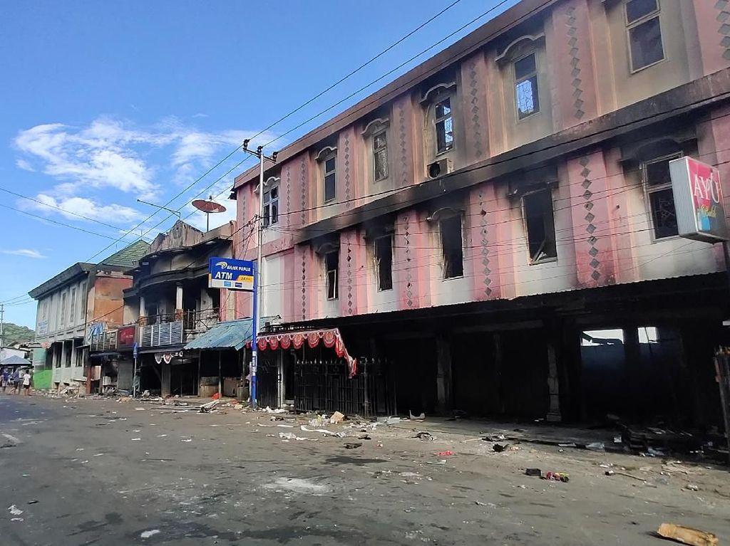 Periksa 30 Tersangka, Polisi Telusuri Penunggang Rusuh di Jayapura