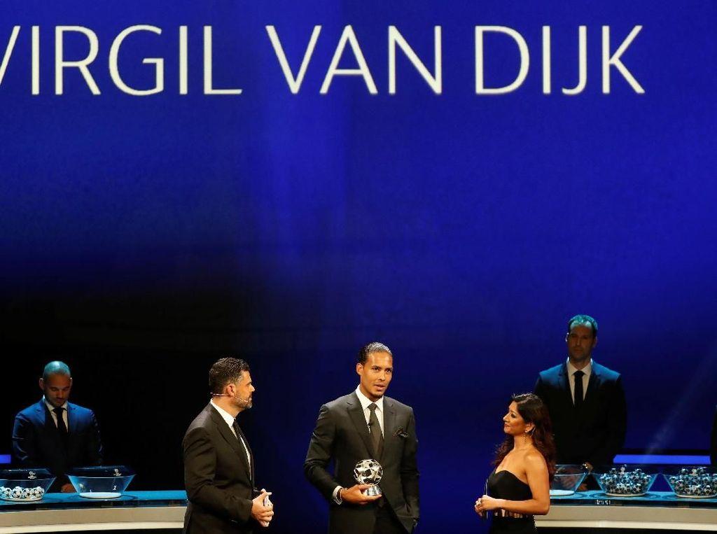 Van Dijk Bek Terbaik Liga Champions 2018/2019