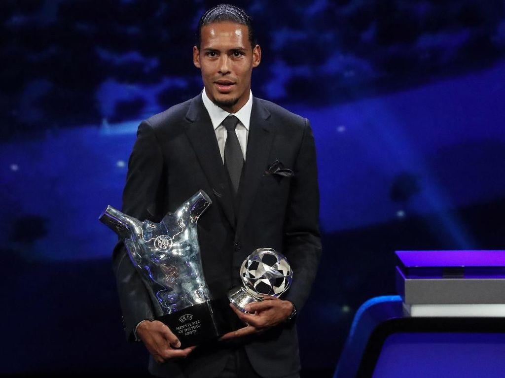 Van Dijk Sudah Jadi yang Terbaik di Eropa, Selanjutnya Ballon dOr?