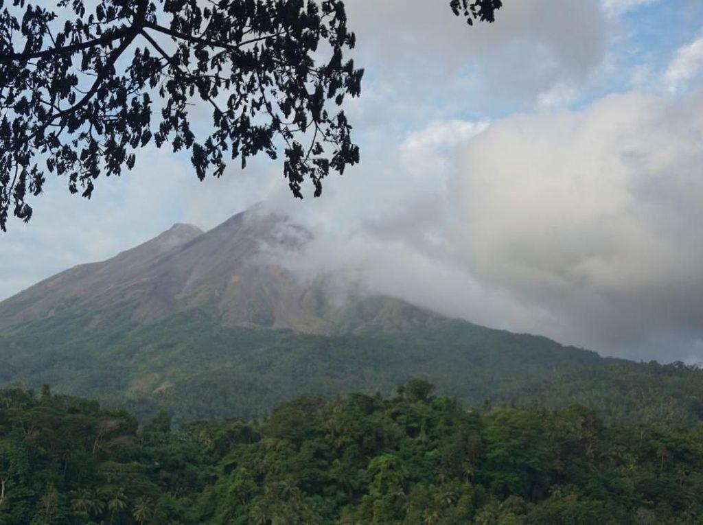 Berkah yang Bisa Berujung Petaka, Perkenalkan Ini Gunung Karangetang