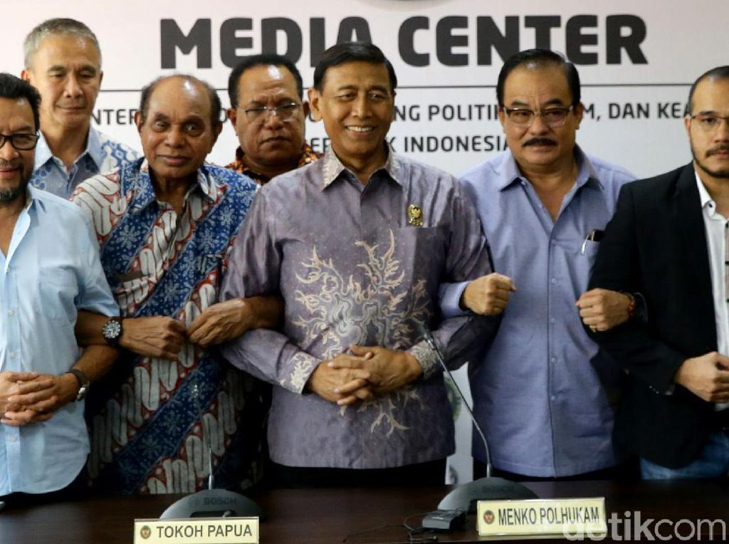 Wiranto dan Tokoh Papua Sepakat Akhiri Ketegangan