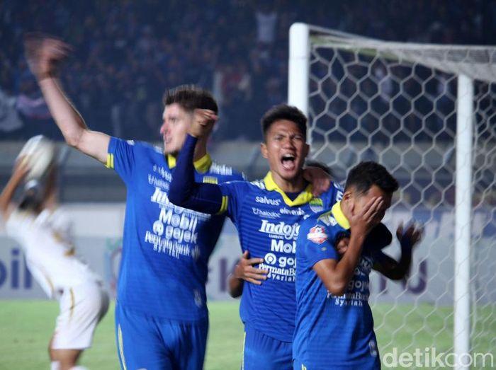 Persib akan menjamu Persebaya dalam lanjutan Liga 1 2019. Foto: Wisma Putra