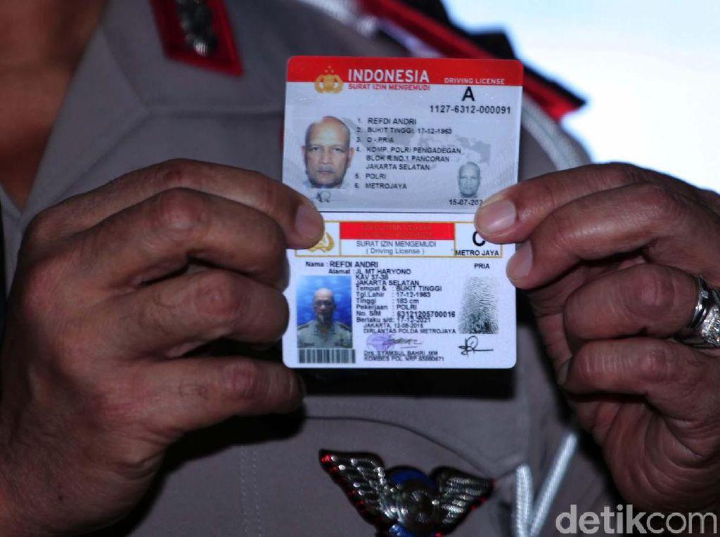 Asyik! Polisi Bagi-bagi SIM Gratis Lagi Nih