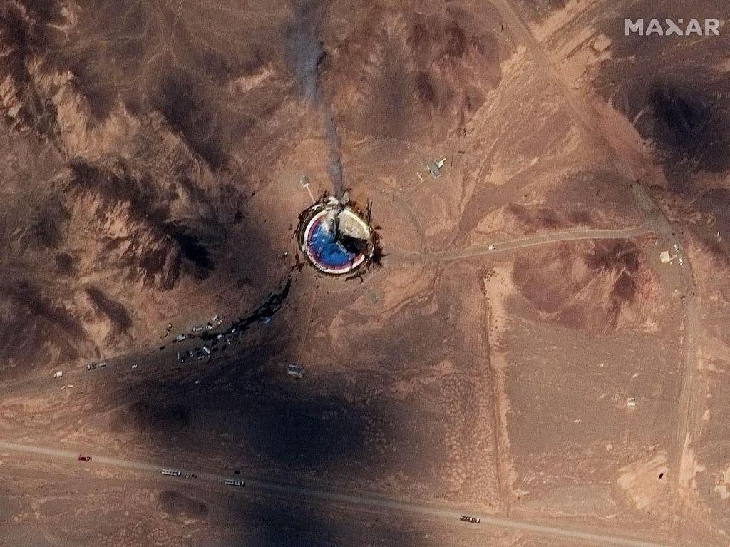 Iran Sudah 3 Kali Gagal Luncurkan Satelit Sepanjang Tahun Ini