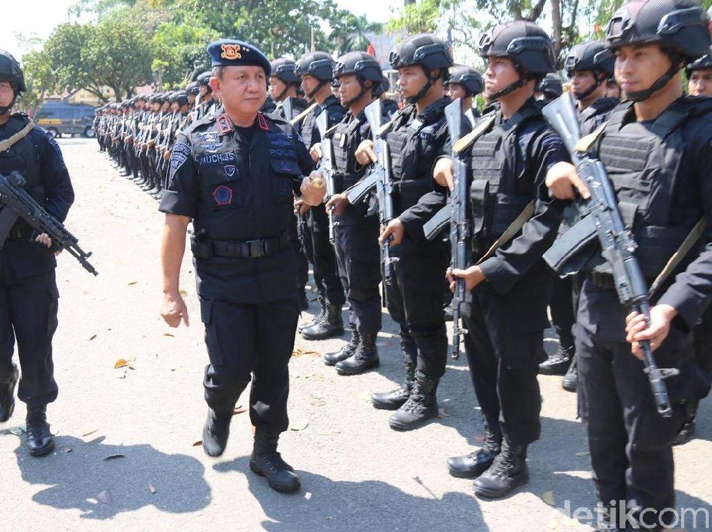250 Personel Brimob dari Jambi Diberangkatkan ke Papua