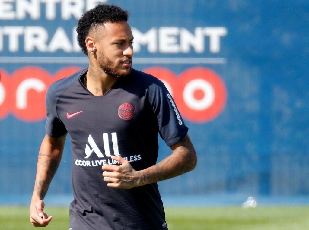 Ketakutan Messi Terbukti, Neymar Memang Nyaris ke Madrid