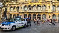 Barcelona Lockdown Usai Kasus Corona Melonjak, Warga Menjerit