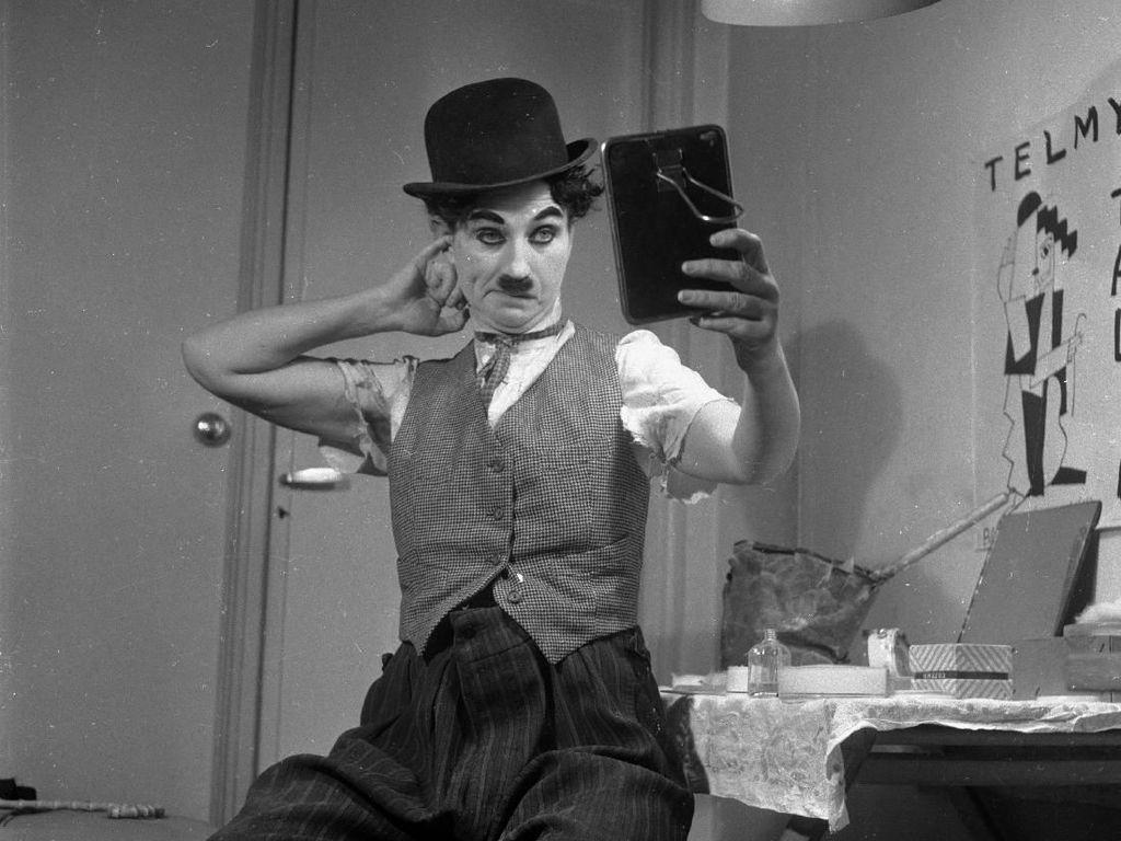 Sosok Charlie Chaplin, Aktor Pantomim Kelas Dunia yang Dikaitkan dengan JK