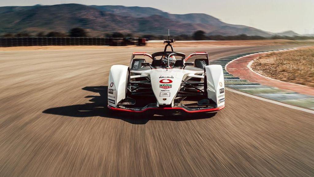 Mobil Balap Listrik Jagoan Porsche