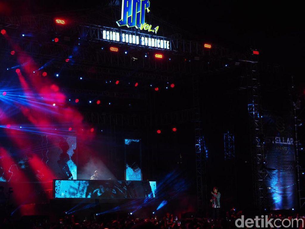 DPR Live dan Crush Buat Asian Sound Syndicate Bergoyang