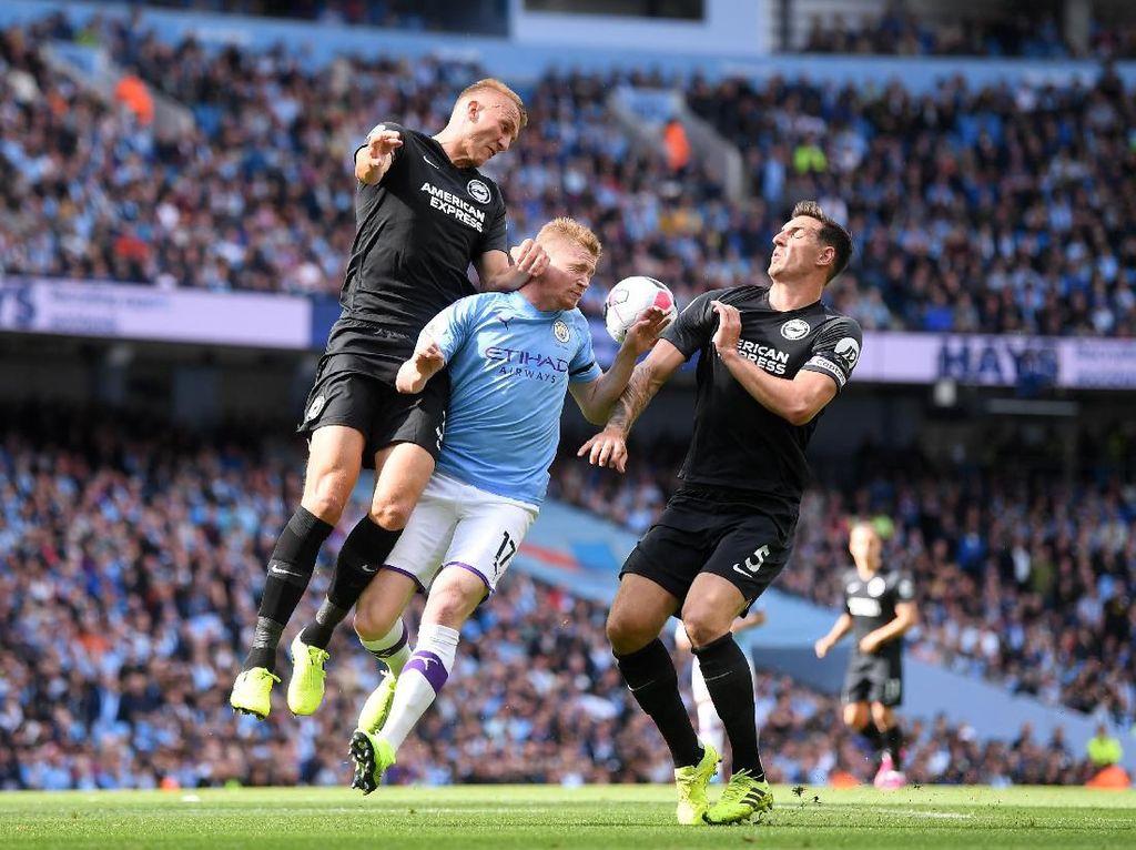 Babak Pertama, Manchester City 2-0 Brighton
