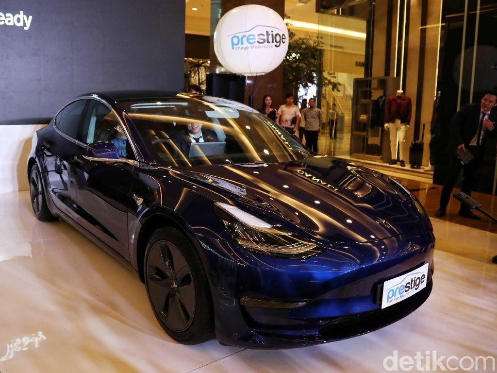 Bamsoet Ditawari Mobil Tesla Termurah Tapi Nggak Beli