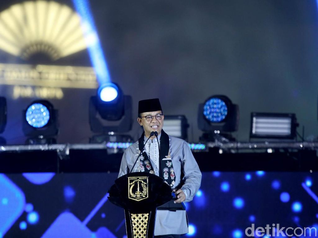 2 Tahun Anies Pimpin Jakarta, Antara Prestasi dan Kontroversi