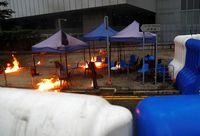 Hong Kong Ditelan Kaos: Muncul Api, Gas Air Mata, dan Molotov