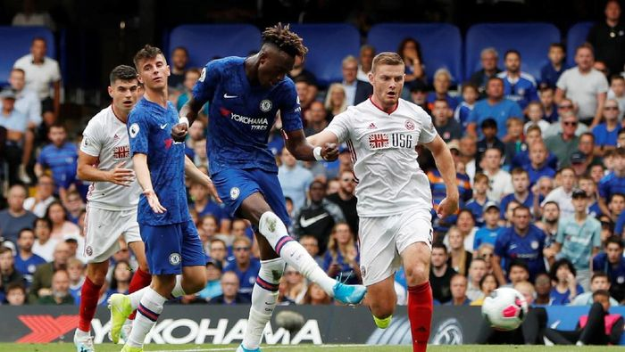 Dua gol Tammy Abraham membawa Chelsea ungguli Sheffield United 2-0  di babak pertama (Paul Childs/Action Images via Reuters)