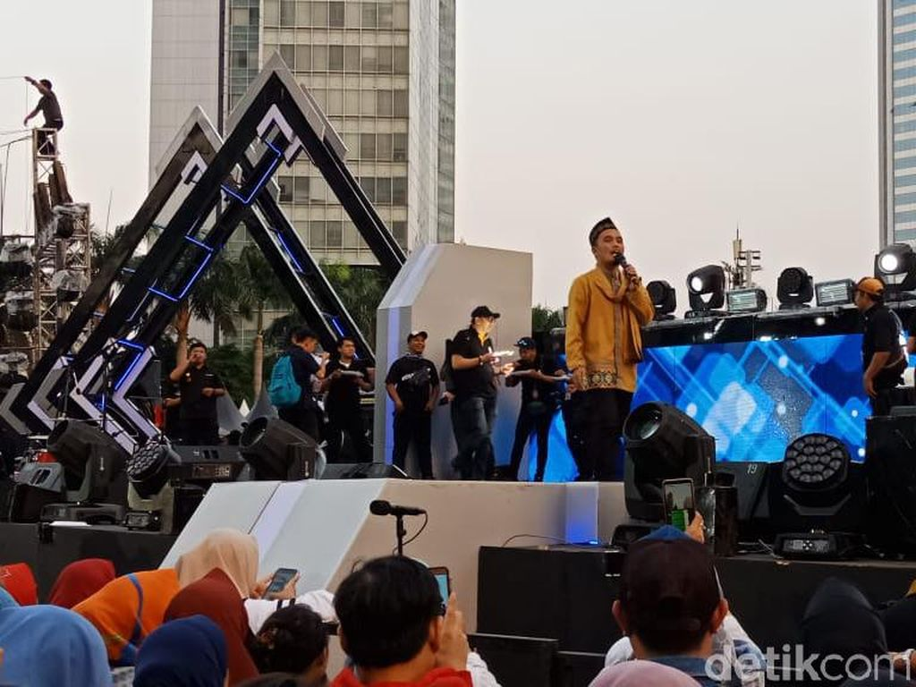 Ustaz Maulana Buka Jakarta Muharram Festival