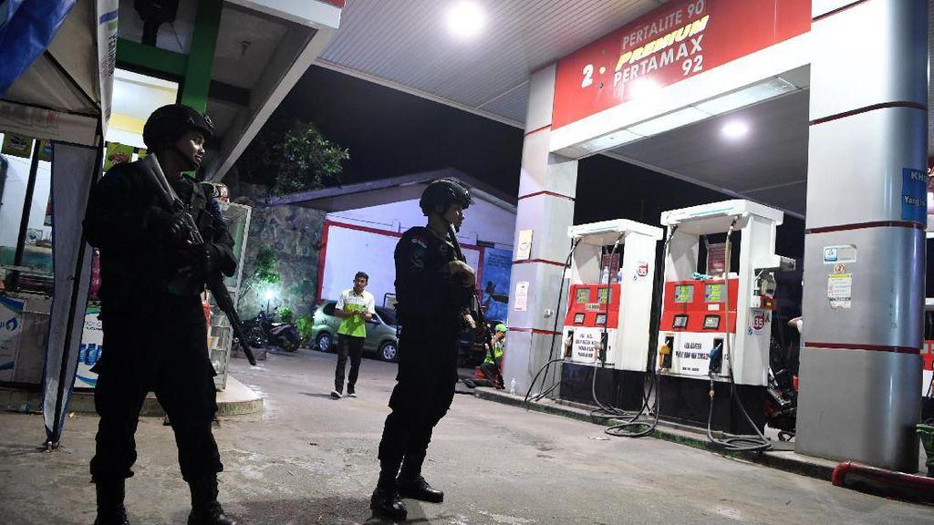 Brimob Bersiaga Amankan SPBU di Jayapura Pascaunjuk Rasa