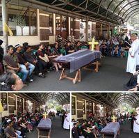 Kesejukan Kebaktian di Depan Masjid Tuai Pujian