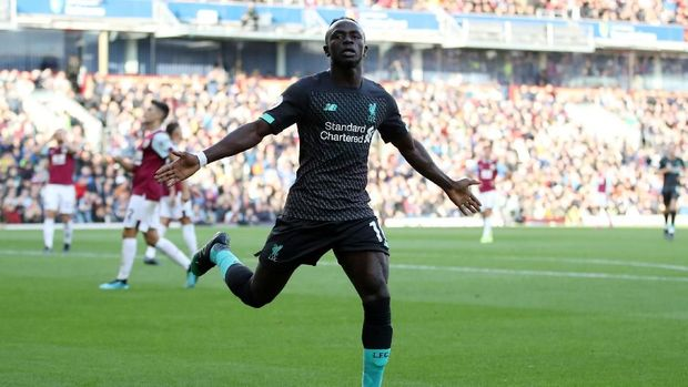 Sadio Mane mencetak satu dari tiga gol kemenangan Liverpool atas Burnley. (