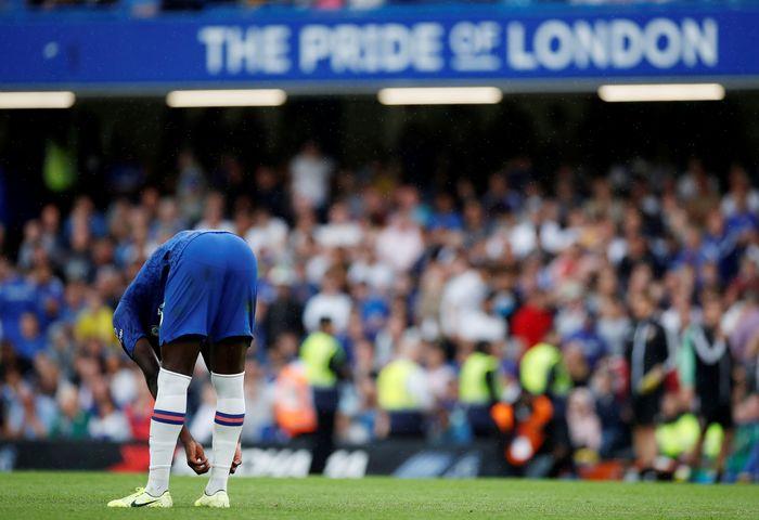 Chelsea membuang keunggulan dua gol atas Sheffield United.