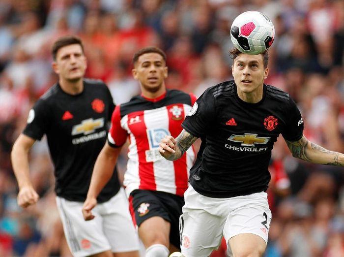 Manchester United kembali gagal meraih kemenangan di Liga Inggris. Tandang ke markas Southampton, MU harus puas dengan hasil imbang 1-1.