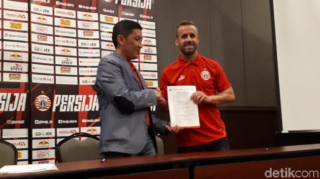 Persija Jakarta merekrut Joan Tomas untuk menyambut putaran kedua Liga 1. (Foto: Mercy Raya/detikSport)