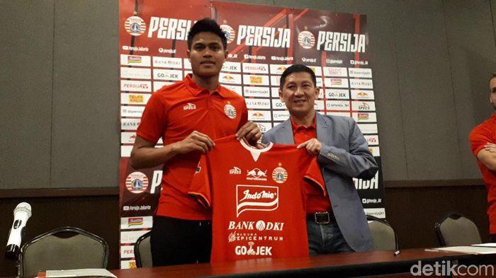 Persija Jakarta memperkenalkan Fachruddin Aryanto sebagai rekrutan anyar di paruh kedua Liga 1 2019. (Foto: Mercy Raya/detikSport)