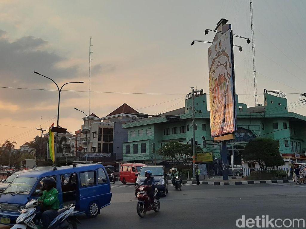 Nyanyian Wali Kota Depok Mulai Disetel di Lampu Merah, Ini Respons Warga