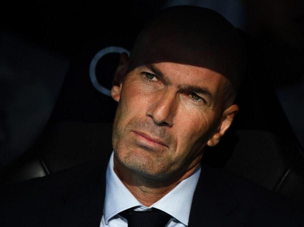 Zidane Bikin Bingung!